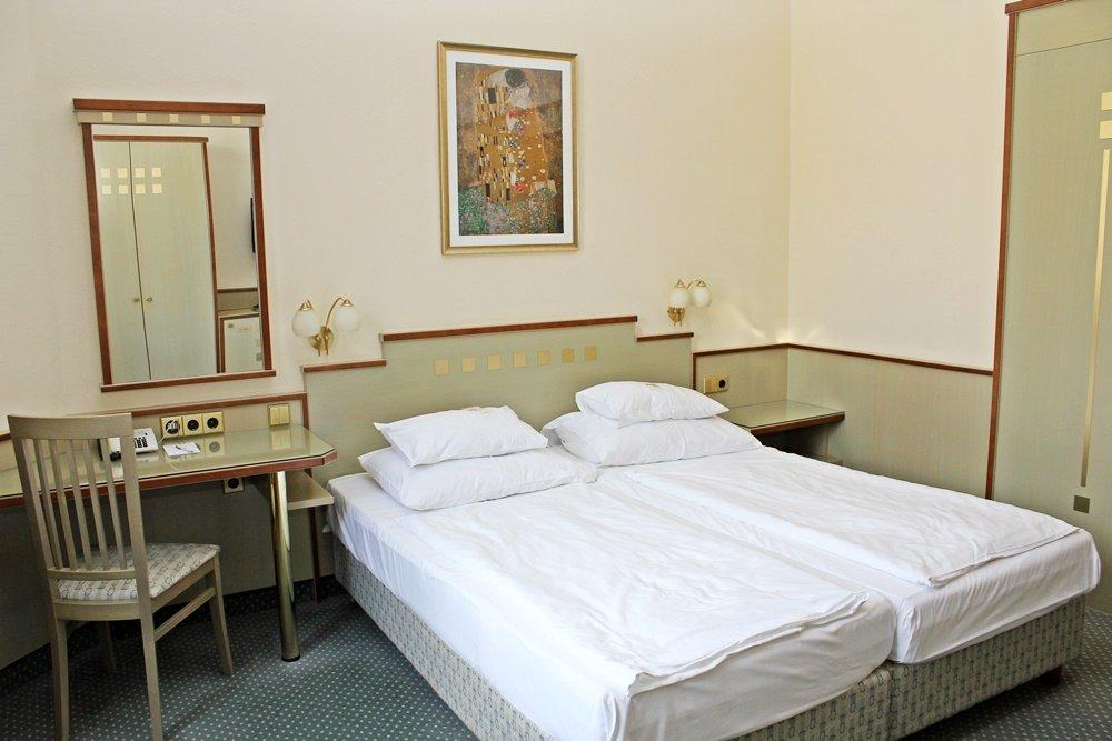 Zimmer Hotel Rainer Wien