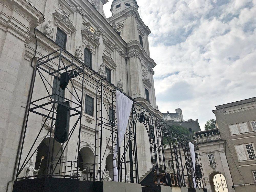 Festspiele in Salzburg, Dom, Bühne