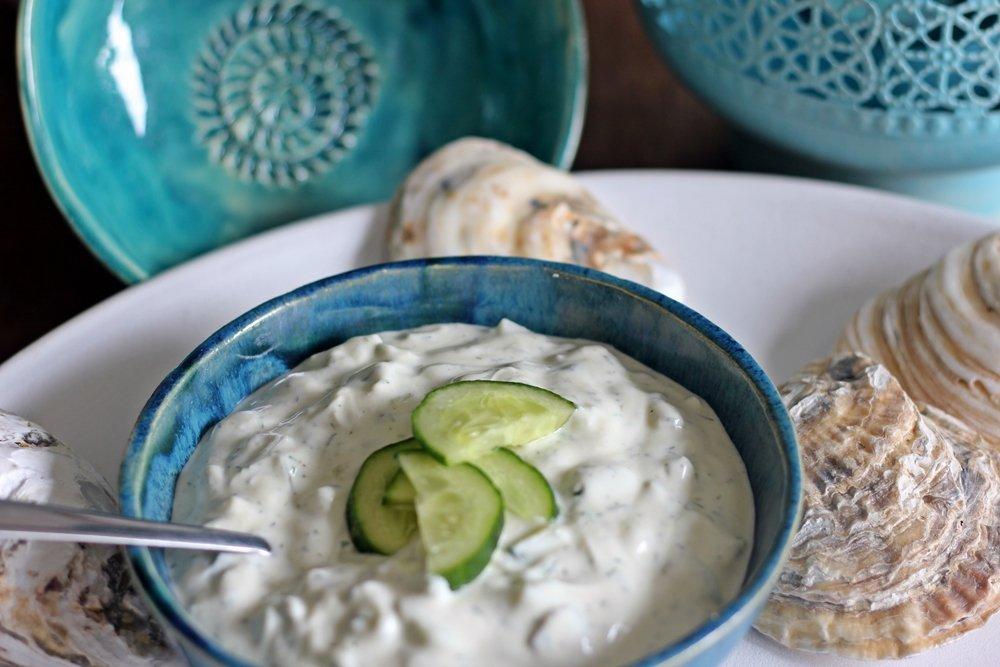 Griechisches Tzatziki, Schale mit Tzatziki