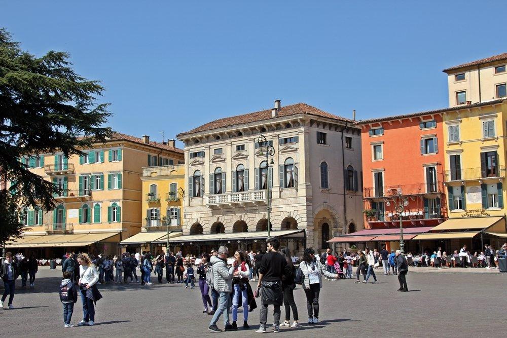 Piazza Bra, Tipps für Tagesausflug nach Verona