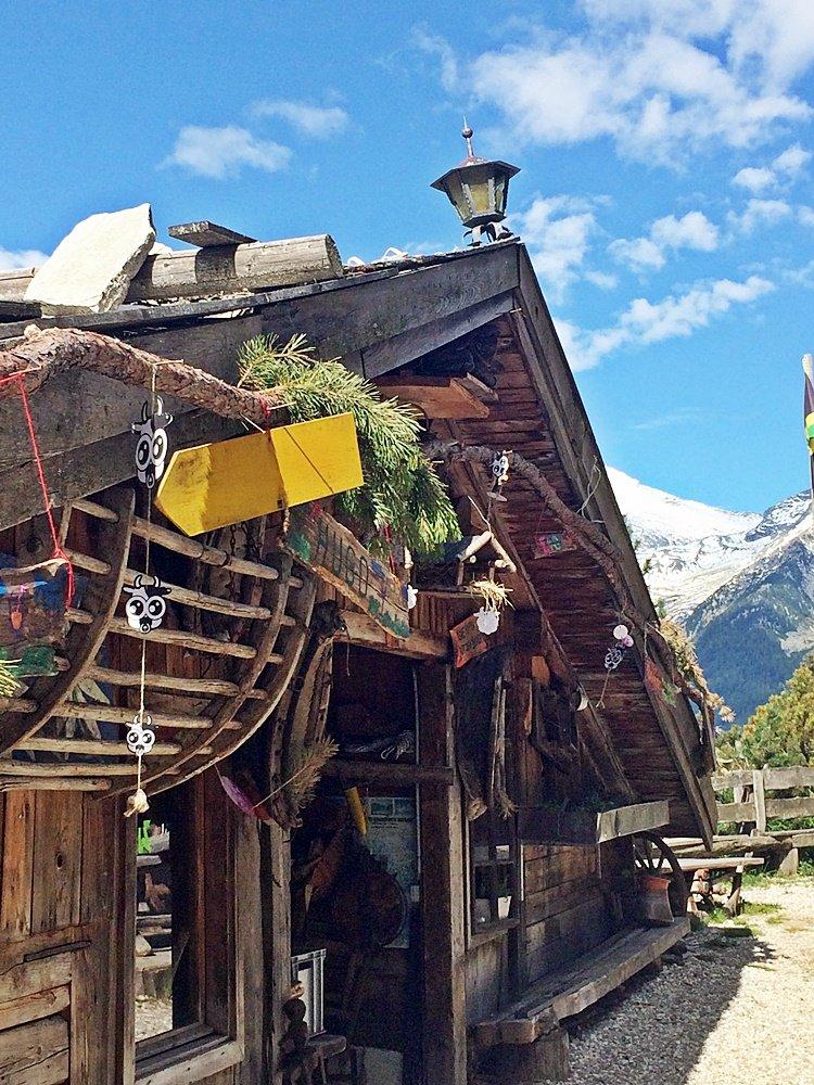 Speck-und Schnapsalm, urige Almhütte, Wanderung zum Klaussee, Klausberg im Tauferer Ahrntal
