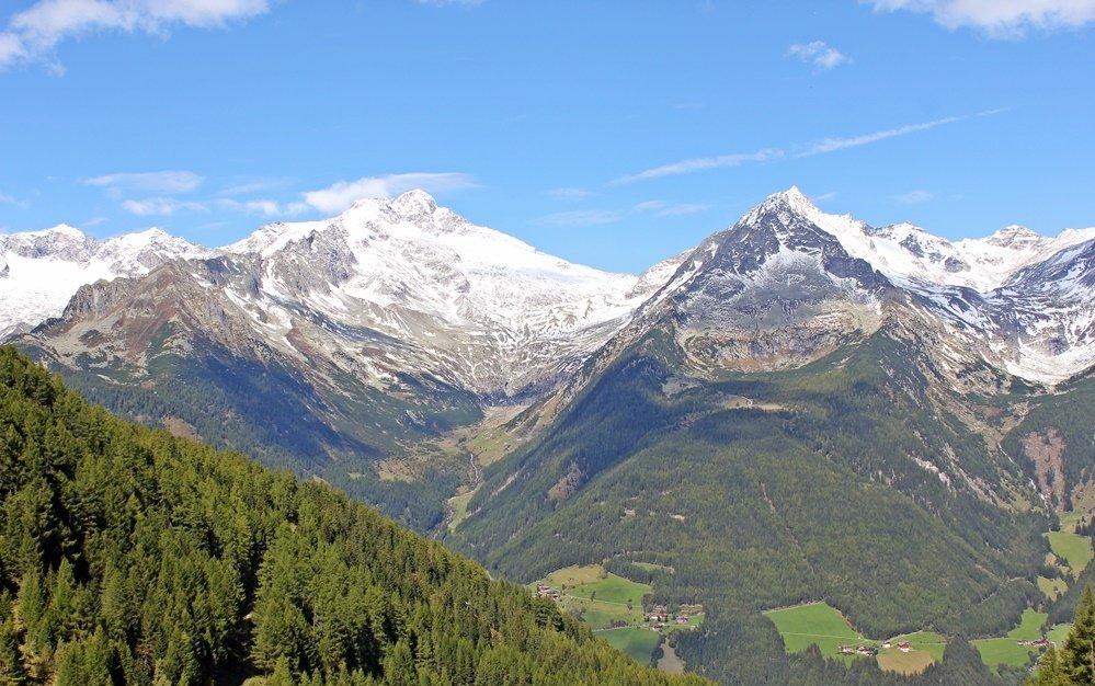 Blick vom Klausberg auf Zillertaler Alpen, Wanderung zum Klaussee, Tauferer Ahrntal, Südtirol