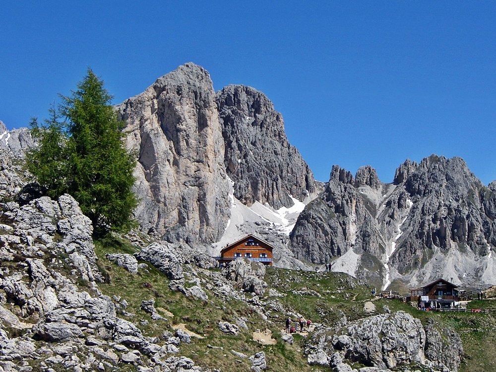Was sollte man in Südtirol gemacht haben? Eine Wanderung im Rosengarten, solltest du in Südtirol gemacht haben