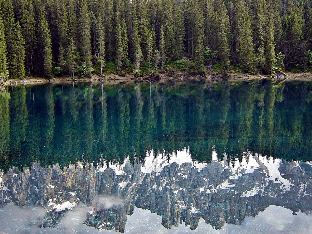 Was sollte man in Südtirol gemacht haben? den Karersee besuchen